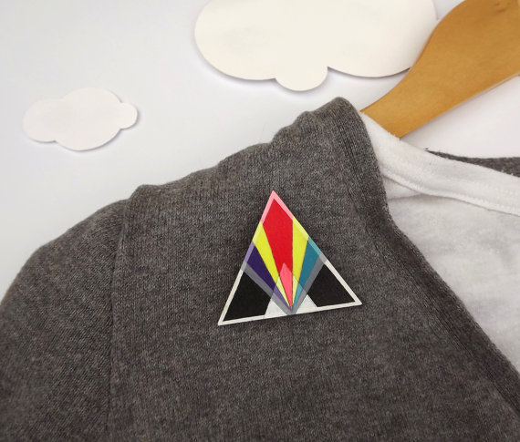 broche triangle